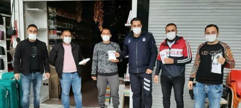 Kemer Belediyesi'nden halka ücretsiz maske
