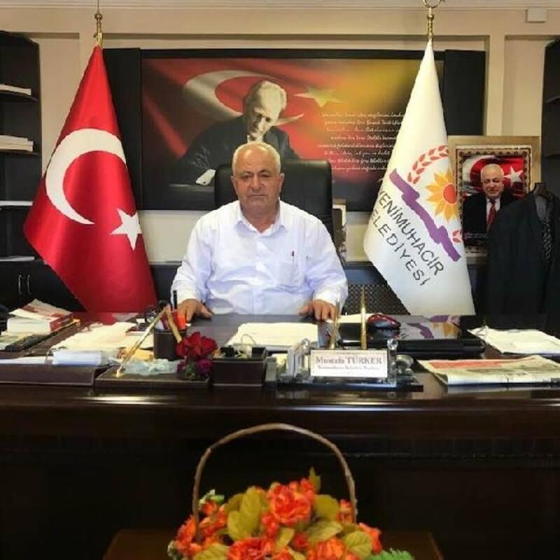 Yenimuhacir Belediye Başkanı Mustafa Türker, koronavirüse yakalandı