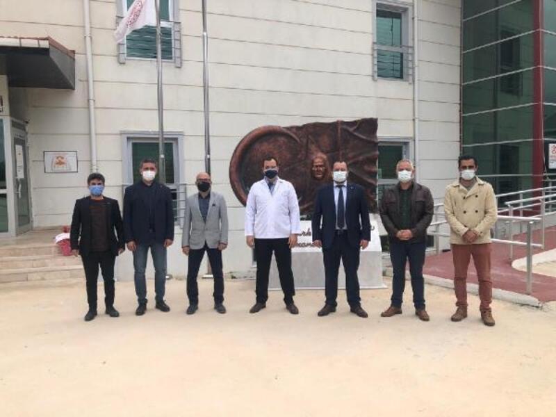 Datça'da MHP'liler sağlık çalışanlarının 14 Mart Tıp bayramını kutladı