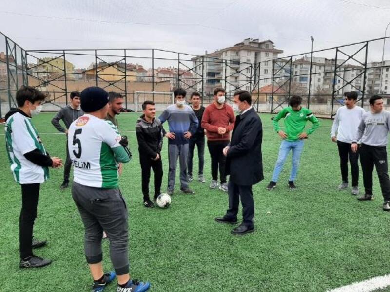 Karatay Belediye Başkanı Hasan Kılca,   mahalle sakinleri ile bir araya geldi