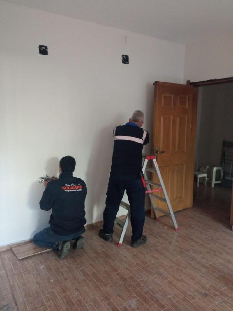 Evi yanan aileye tadilat desteği