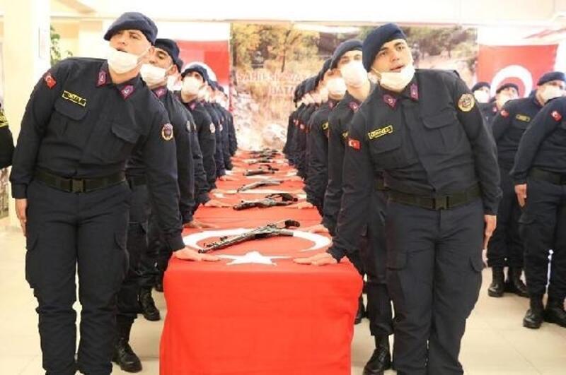 Eskişehir'de acemi erler törenle yemin etti