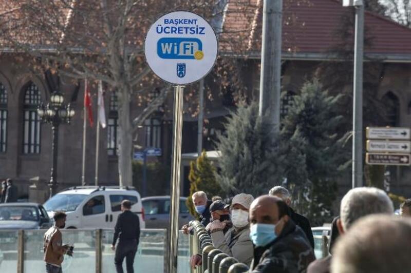 Başkent meydanlarında ücretsiz internet