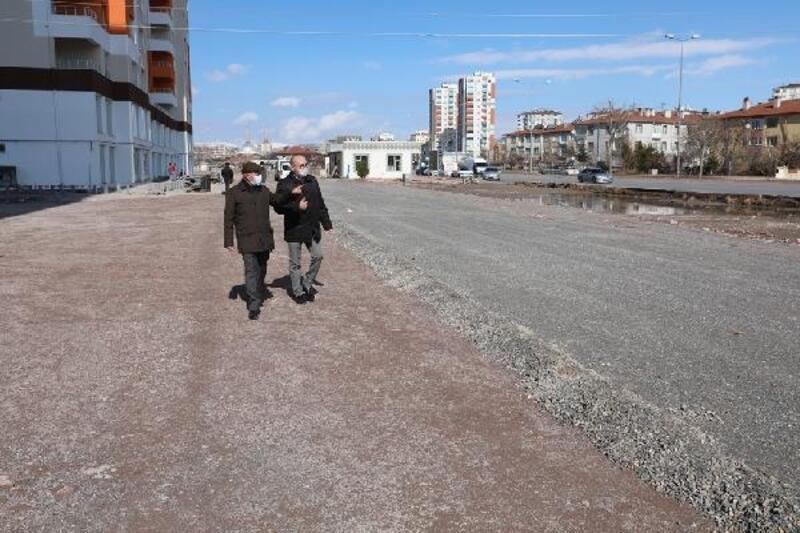 Başkan Çolakbayrakdar, kentsel dönüşüm çalışmalarını inceledi