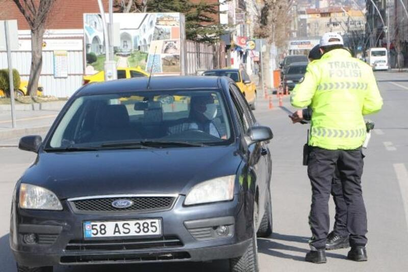 Tokat'ta, koronavirüs tedbirlerine uymayanlara 40 bin lira ceza