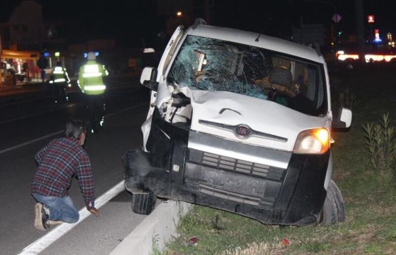 Kalbi duran sürücüyü sağlık ekipleri yaşama döndürdü