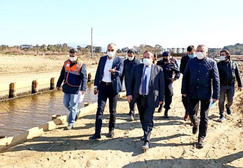 Efes'e teknelerin gelmesini sağlayacak 'Antik Kanal' inşaatı sürüyor