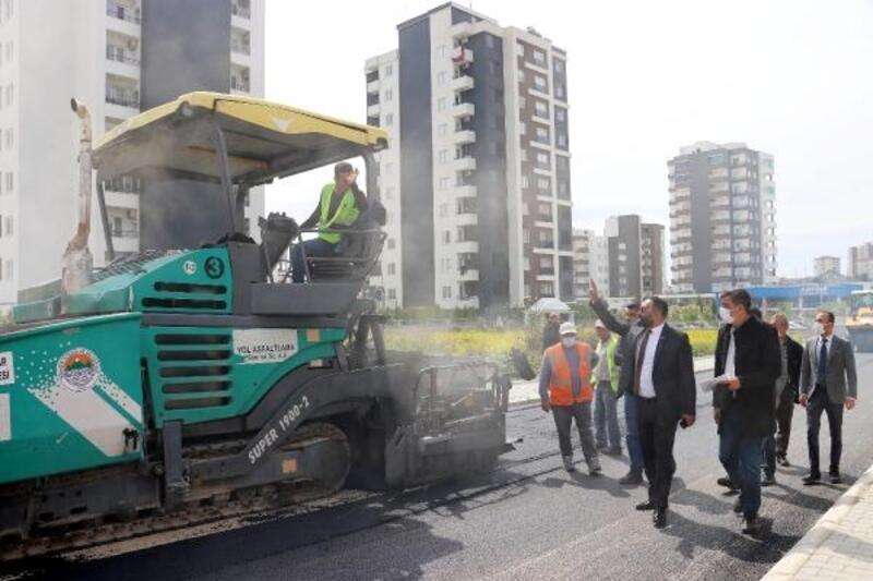 Başkan Yılmaz, asfalt çalışmalarını inceledi