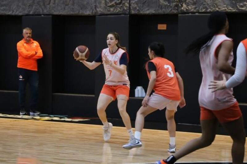 Çukurova Basketbol, Adana deplasmanında