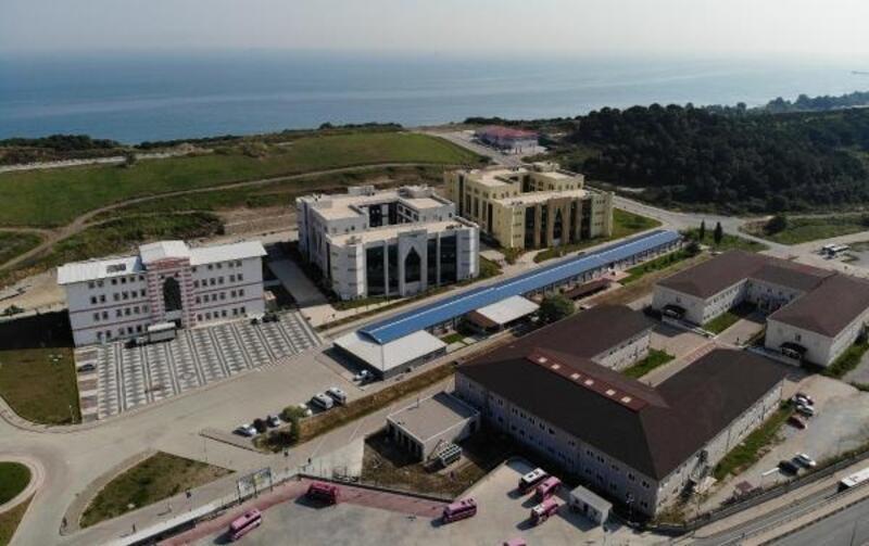 Yalova Üniversitesi enstitüleri tek çatı altında