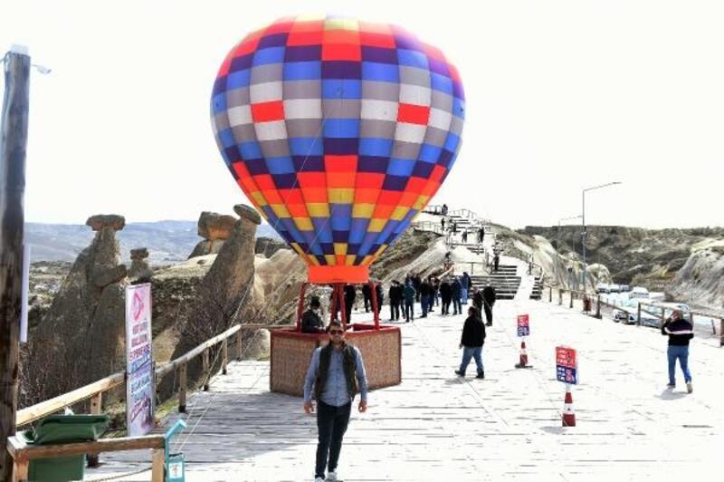 Tarsus Belediyesi, çalışanlarını Kapadokya'ya götürdü