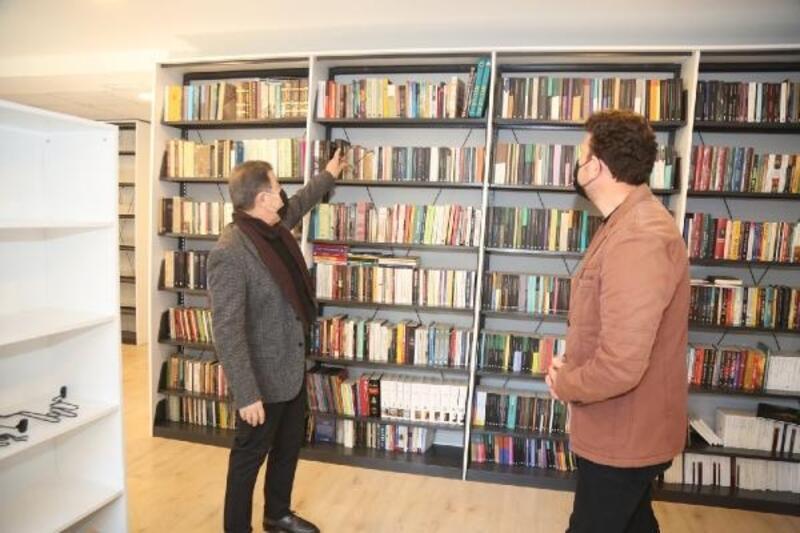 Eyüpsultan Belediyesi Ahmet Kekeç Kütüphanesi kapılarını açıyor