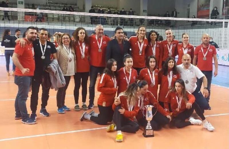Büyükşehir GSK kadın voleybol takımı 1'inci Lig'e çıktı