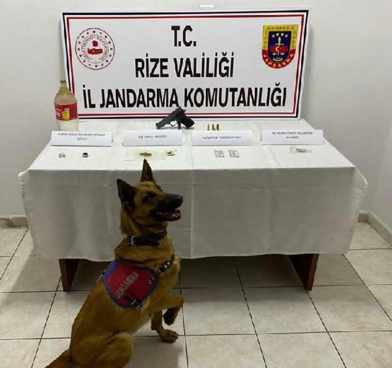 Rize'de jandarmadan eve uyuşturucu baskını