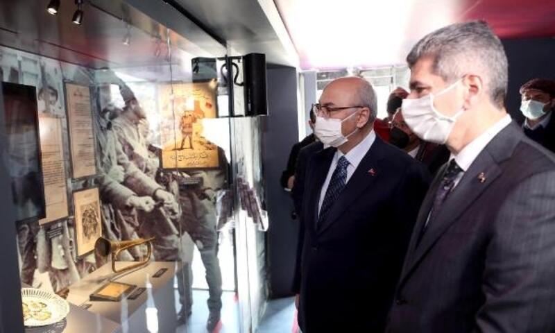 Çanakkale Savaşları Mobil Müzesi İzmir'de ziyarete açıldı