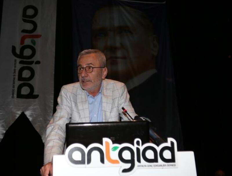 Mustafa Yılmaz: 19 ilçeyi Antalyaspor bayrağıyla donatmak istiyoruz