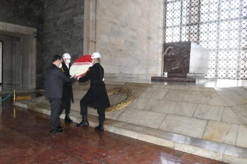 Başkan Özyiğit ve muhtarlardan Anıtkabir'e ziyaret