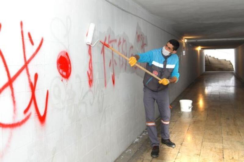 Alanya Belediyesi alt geçitlerin temizliğine hız verdi