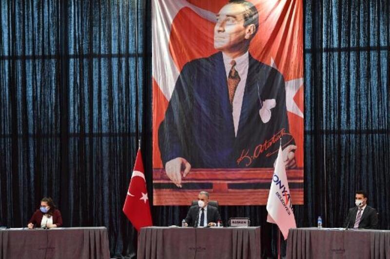 Konyaaltı Meclisi'nde 'faaliyet raporu' onaylandı