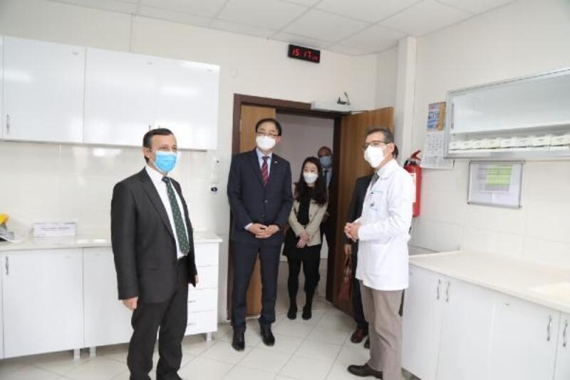 Kore Cumhuriyeti Ankara Büyükelçisi Lee'den ERÜ'ye ziyaret