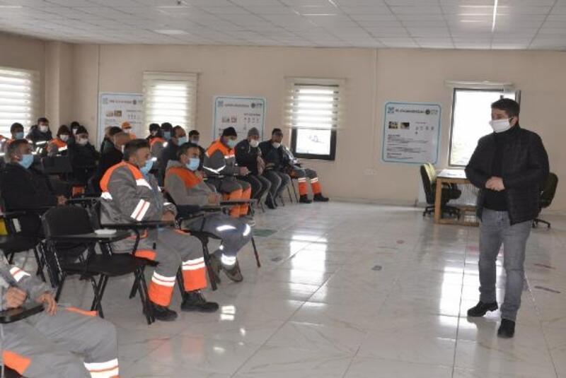 Melikgazi'de belediye personeline Covid-19 eğitimi