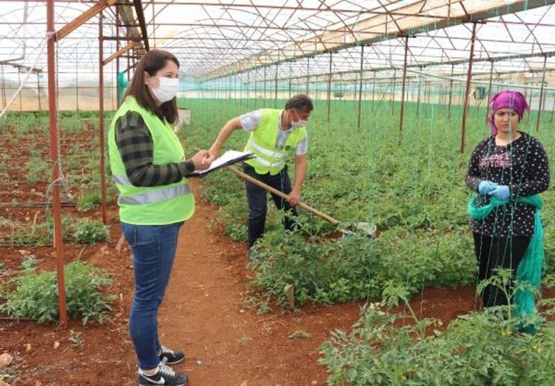 Büyükşehir çiftçinin toprağını analiz ediyor
