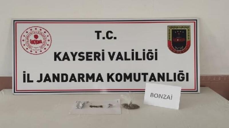 Kayseri'de 4 kişiye uyuşturucu gözaltısı