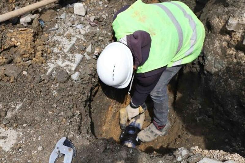 Samandağ'daki 9 mahallenin abone bağlantıları yenileniyor