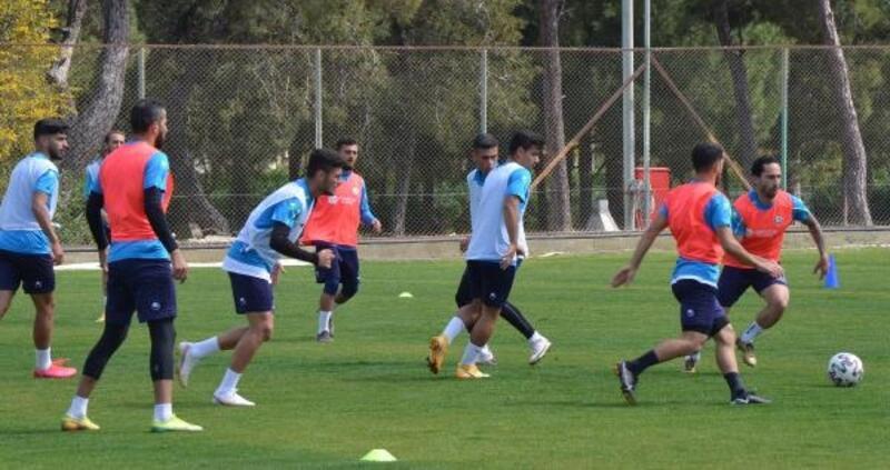 Serik Belediyespor'da 2 oyuncu kadro dışı bırakıldı