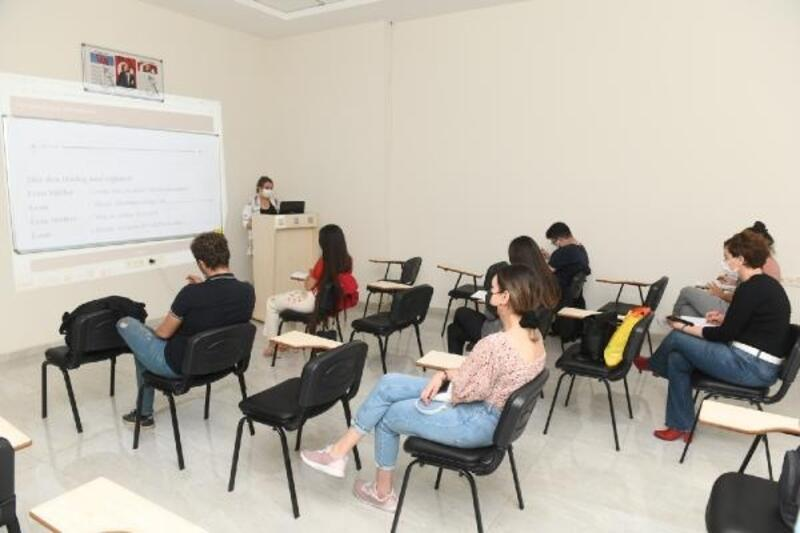 Yenişehir Belediyesi'nin Almanca kursu başladı