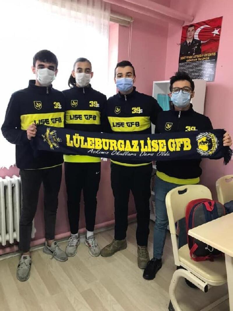 Lüleburgaz Liseli Genç Fenerbahçeliler grubundan ramazan yardımı