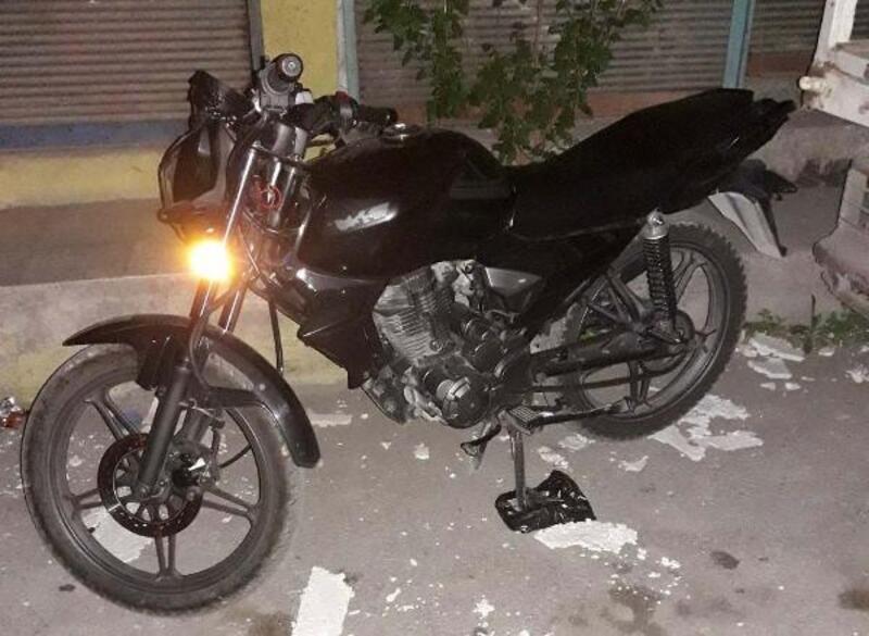 Şüphe üzerine durdurulan motosiklet çalıntı çıktı
