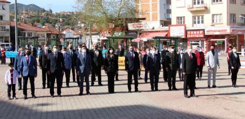 Bucak'ta 23 Nisan kutlaması