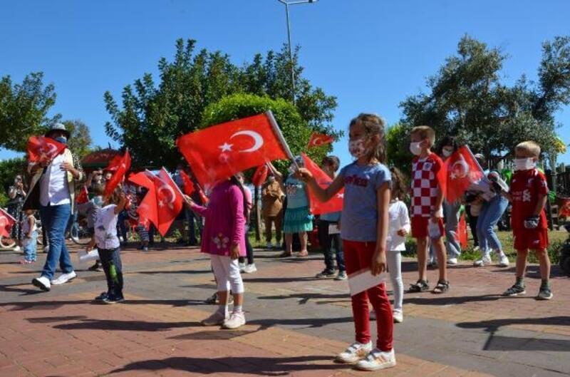 Alanya ve Gazipaşa'da 23 Nisan coşkusu