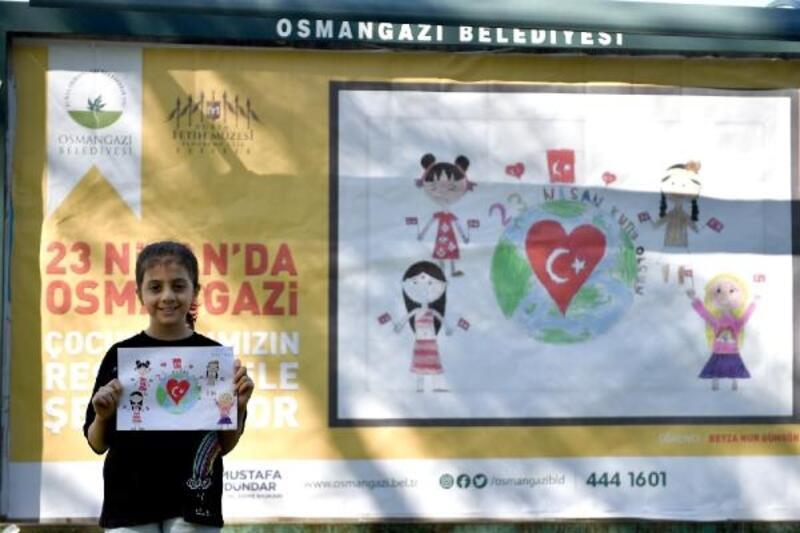 Osmangazi'de çocukların resimleri reklam panolarında sergilendi