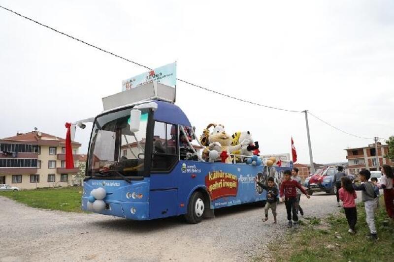 İnegöl'de Çocuk Şenliği Otobüsü bugün kırsalda