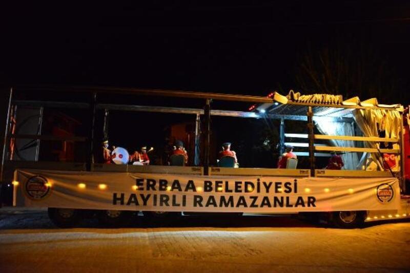 Erbaa'da, TIR üstünde bandolu ramazan eğlencesi