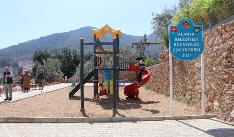 Alanya Belediyesi'nden Oba'ya yeni çocuk parkı