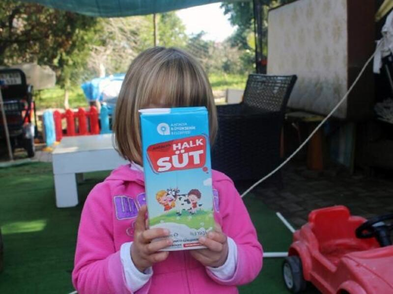 9 ayda 15 bin 613 çocuğa 469 ton süt dağıtıldı
