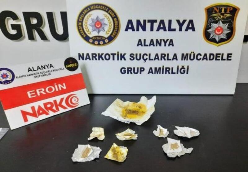 Alanya'da otele uyuşturucu baskını