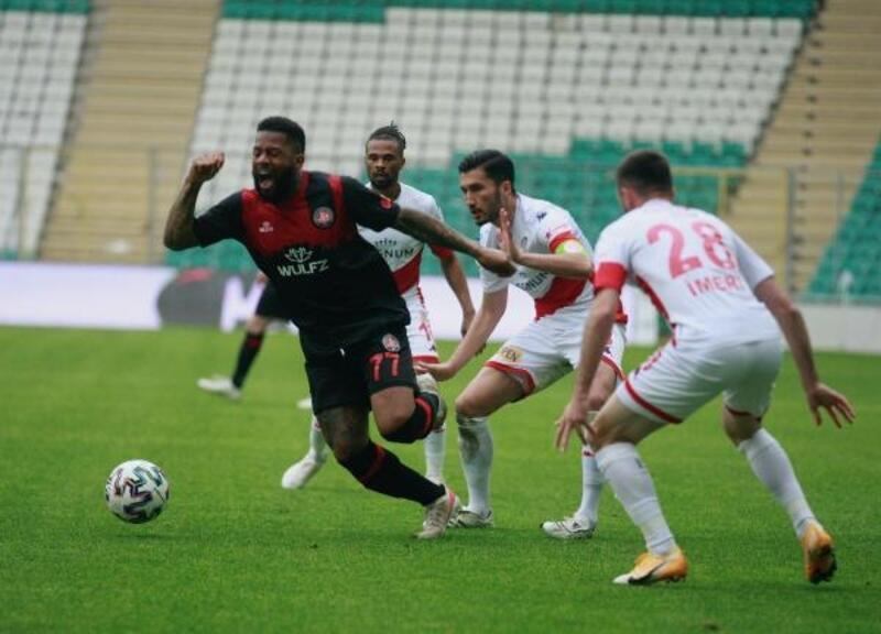 Fatih Karagümrük - Fraport-TAV Antalyaspor: 2-2