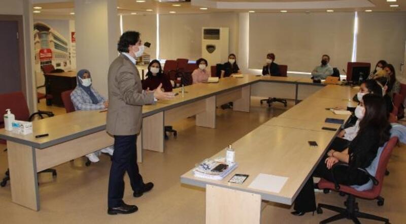 Doruk Akademi'de sağlık çalışanlarına eğitim verildi