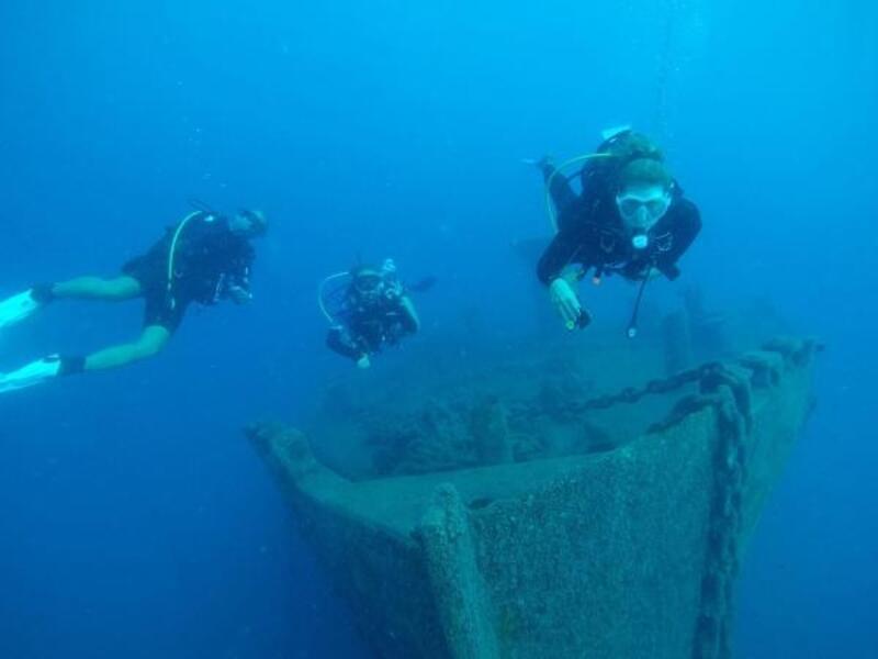 Turistik dalış noktalarına temizlik dalışı