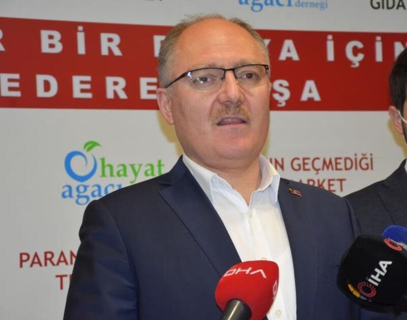 Sivas Belediyesi'nden ailelere 500 TL yardım