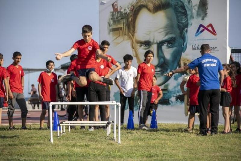 Mersin Büyükşehir'den 19 Mayıs kutlaması