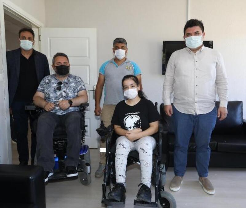 Derya'ya yeni tekerlekli sandalye