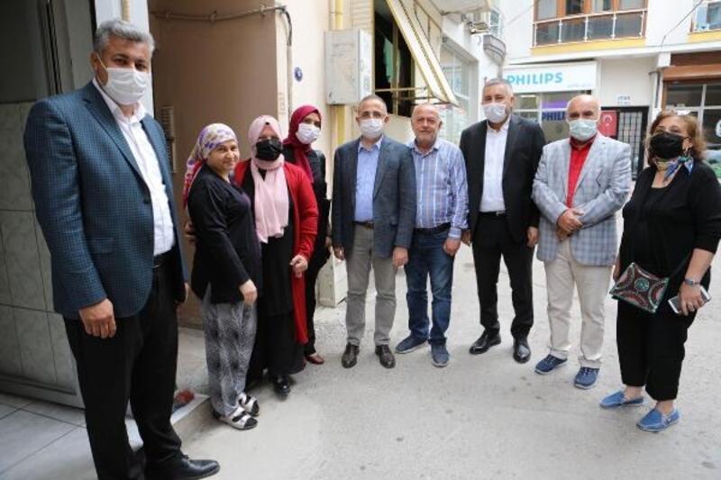 AK Parti İzmir'den 30 ilçeye eş zamanlı ziyaret (YENİDEN)