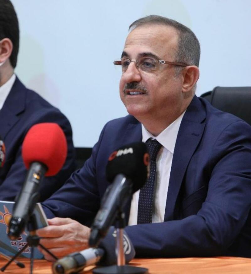 AK Partili Sürekli İzmir Büyükşehir Belediyesi'nin 2 yılını değerlendirdi