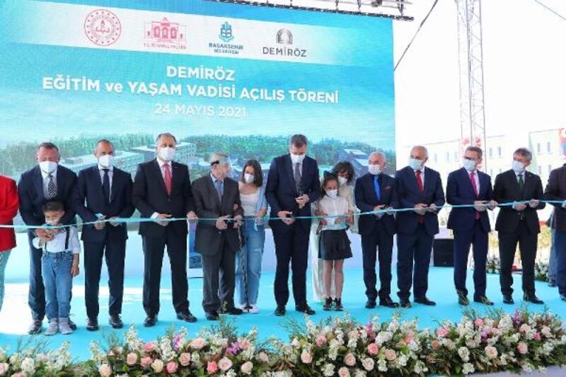 Bahçeşehir Demiröz Eğitim ve Yaşam Vadisi törenle açıldı