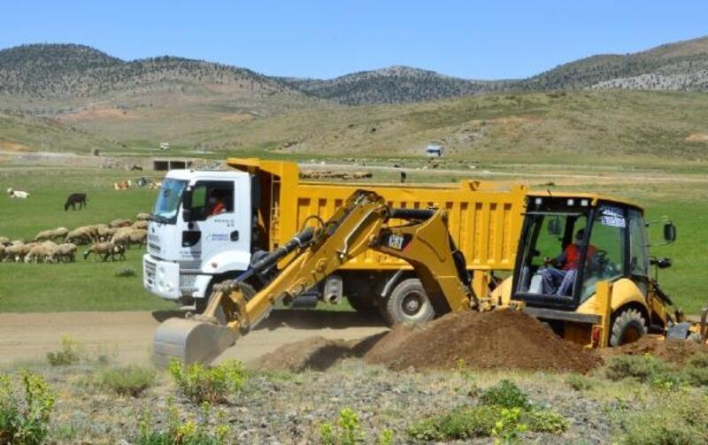 Manavgat Belediyesi'nden yayla yollarına bakım seferberliği